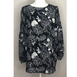 Isabel Maternity Small Black & White Floral Top